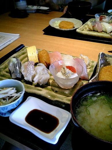 20090805 おさかな亭定食930円.jpg